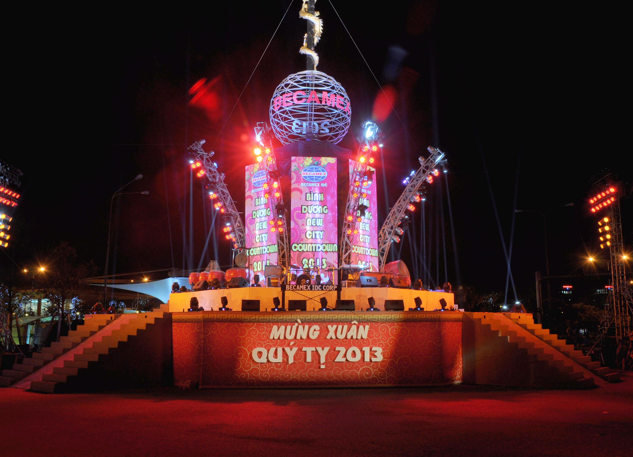 Đêm đại nhạc hội mừng xuân Qúy Tỵ 2013 tại Bình Dương