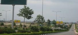Bán 2 lô đất chính chủ ngay trường đại học Việt Đức, mặt tiền đường Vành Đai 4