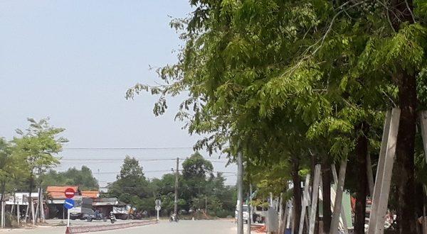 Bán đất cổng Mỹ Phước3 mặt tiền đường NK13 rộng 36m lô K49 thổ cư 100% đã có sổ hồng, hướng bắc gần quốc lộ 13 vị trí đắc địa giá rẻ